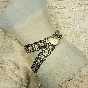 designer waist accessory